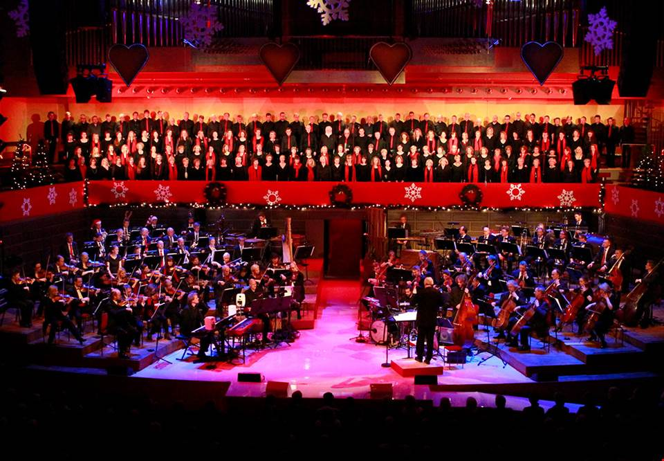 Large orchestra and choir in the big hall at Konserthuset. Photo.